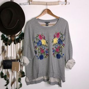 Chelsea & Theodore gray flower embroidered sweater